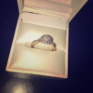 Diamond Engagement Ring & Wedding Band